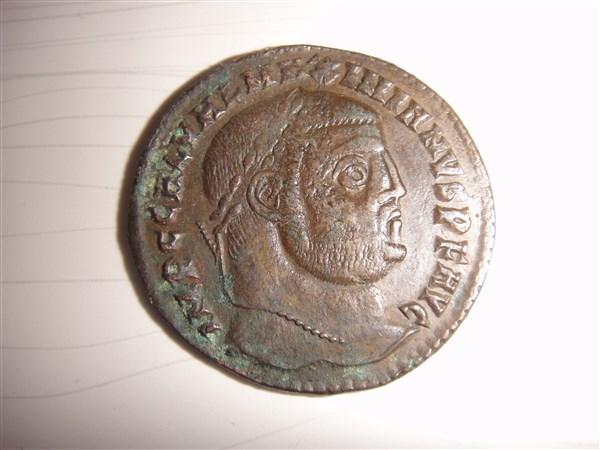 Galère comme Augustus: follis Dsc00226