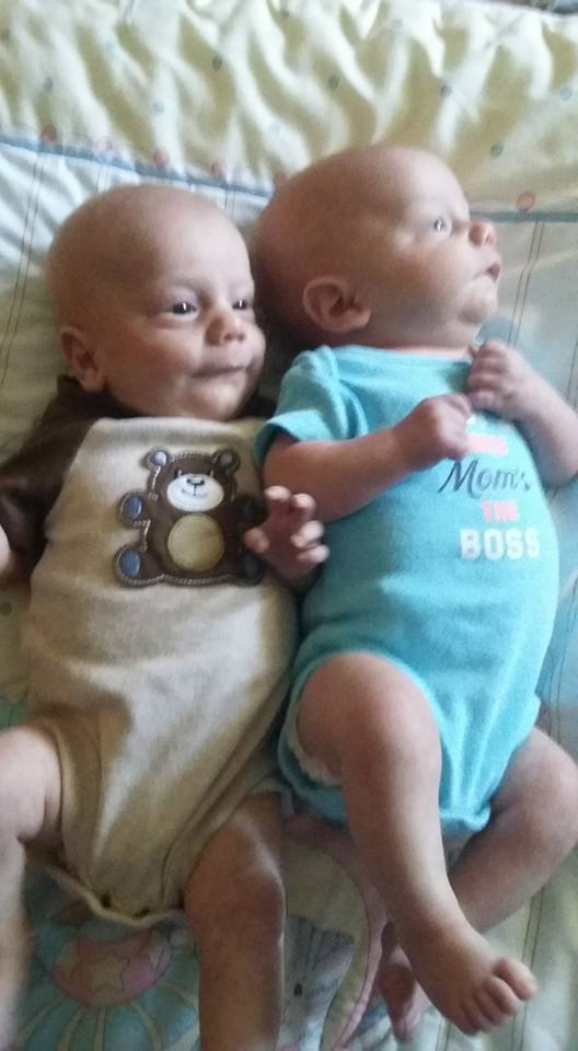 Twins in need NE Mississippi Ztwins10