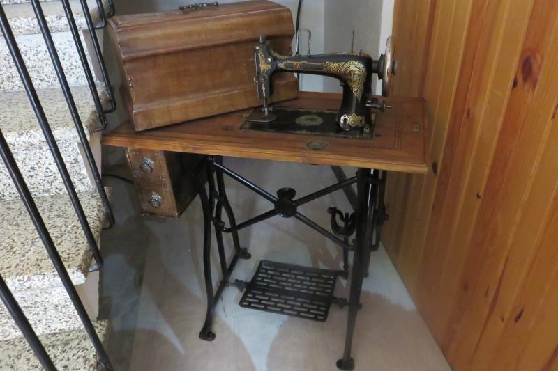 Identification de ma machine à coudre de marque Dal... Img_7310