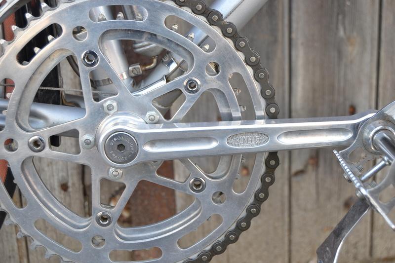 PEUGEOT PR10 gris vraisemblablement de 1976 Dsc_0431