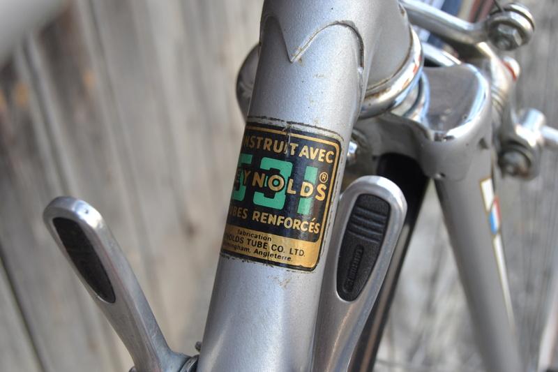 PEUGEOT PR10 gris vraisemblablement de 1976 Dsc_0511