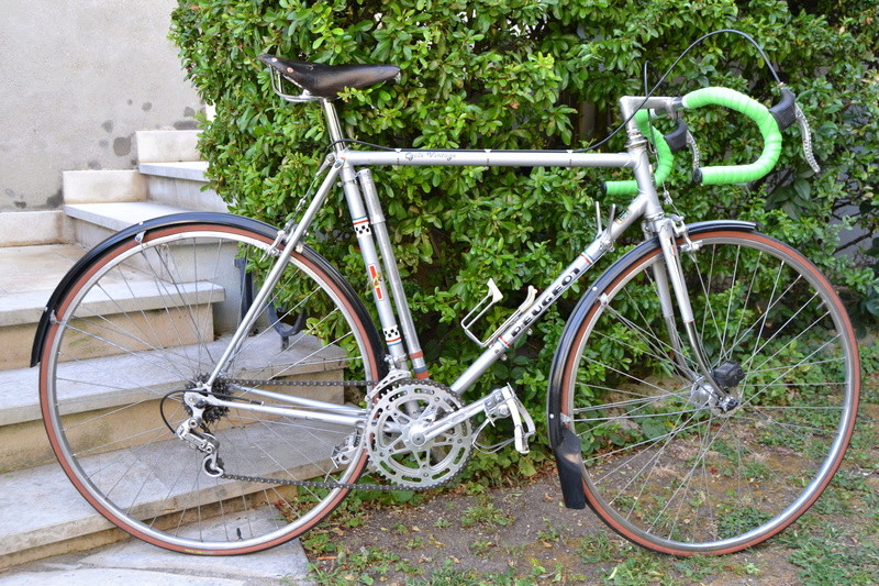 PEUGEOT PR10 gris vraisemblablement de 1976 Peugeo26