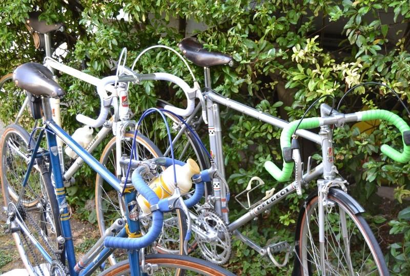PEUGEOT PR10 gris vraisemblablement de 1976 Peugeo36