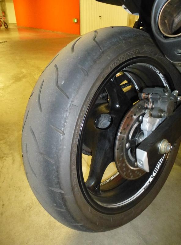 Sa glisse et moto pas stable P1120112