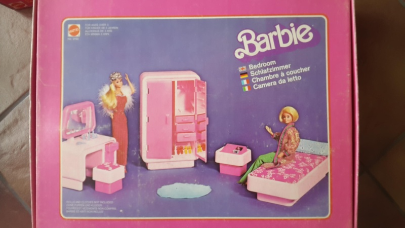barbie camper, cucina, camera da letto, piscina, cavallo Dallas e cane Bellezza Camera11