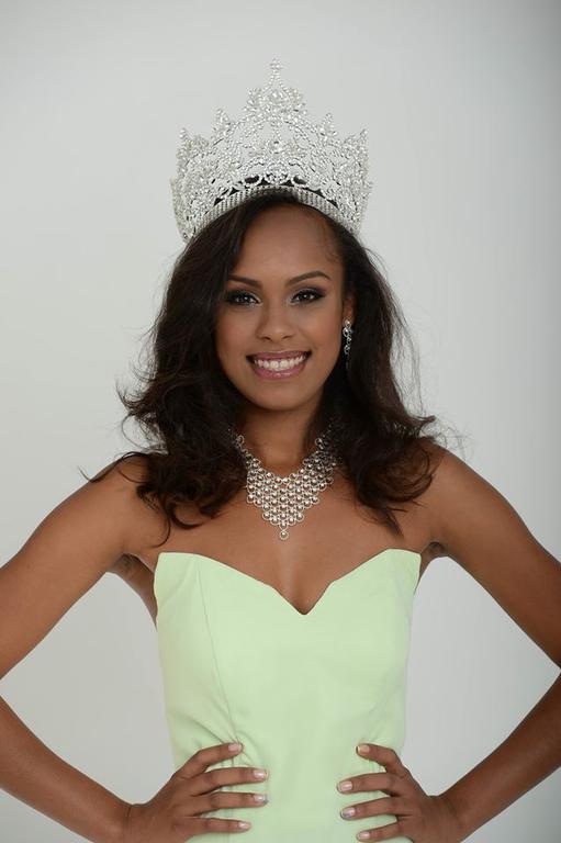 MISS NOUVELLE-CALEDONIE 2016 Miss_n13