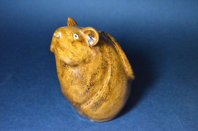 Mouse Figurine.  Unknown Stamp. Dsc_0014