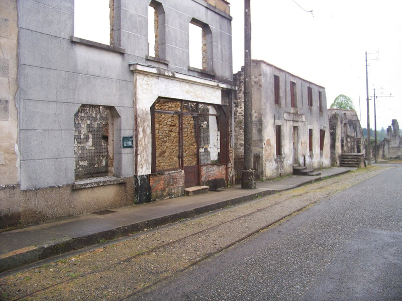 Oradour-sur-Glane : un massacre SS 1110