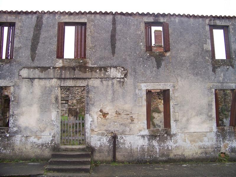 Oradour-sur-Glane : un massacre SS 1611