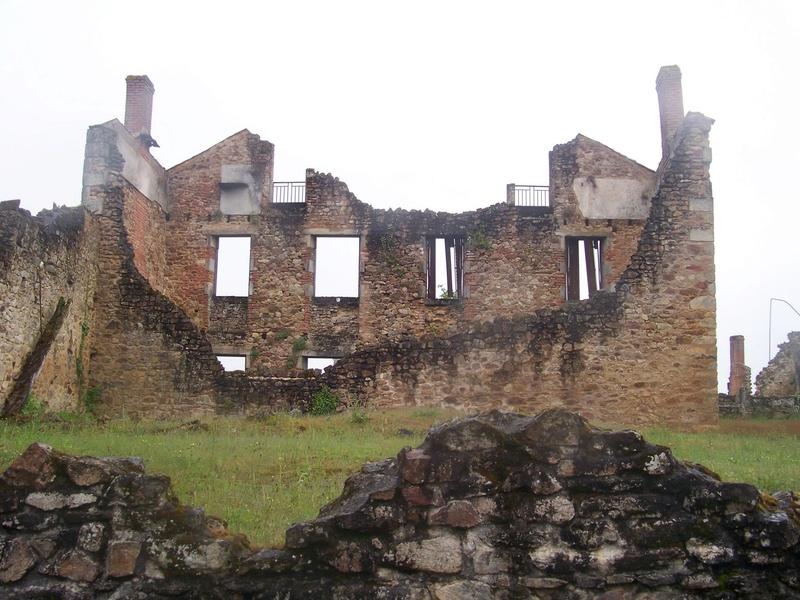 Oradour-sur-Glane : un massacre SS 5710
