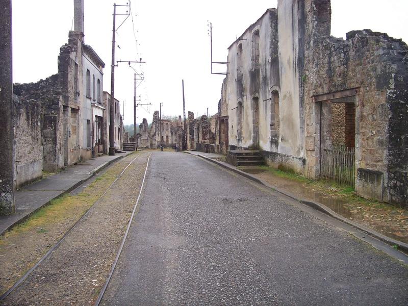 Oradour-sur-Glane : un massacre SS 610