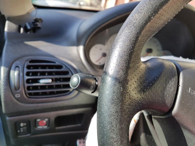 Réfection cuir du volant de ma 206 cc 20160745