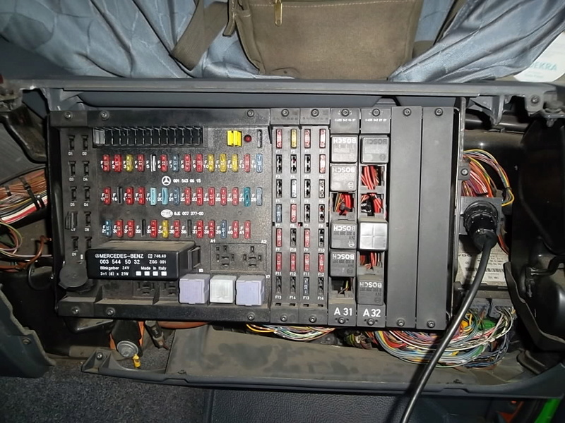 Mercedes Actros 2543 / pédale accélérateur : initialiser Sam_3310