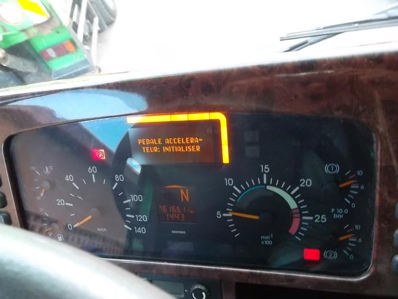 Mercedes Actros 2543 / pédale accélérateur : initialiser Sam_3311