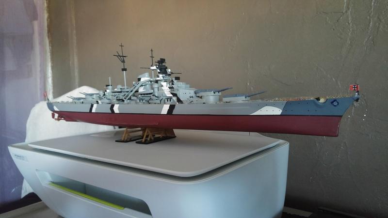 Mes maquettes le cuirasse richelieu et le cuirasse. Bismarck  au 1/400 heller 20160813