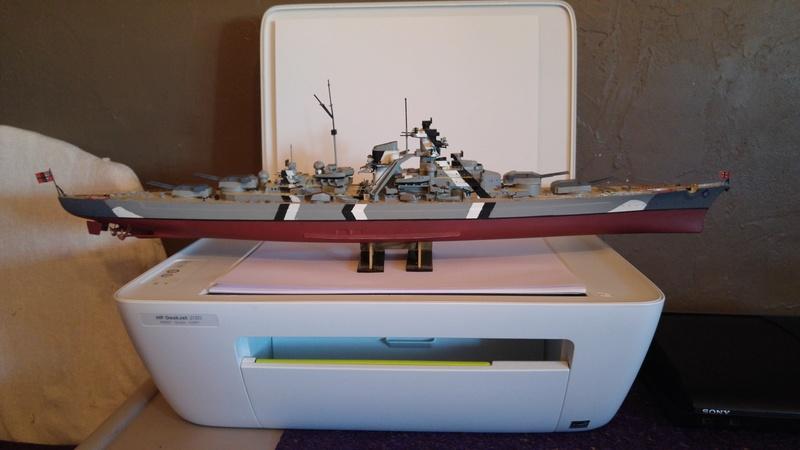 Mes maquettes le cuirasse richelieu et le cuirasse. Bismarck  au 1/400 heller 20160814