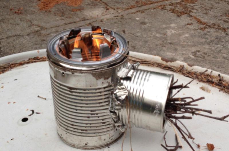Yourte - éolienne 30 euros - rocket stove Captur10