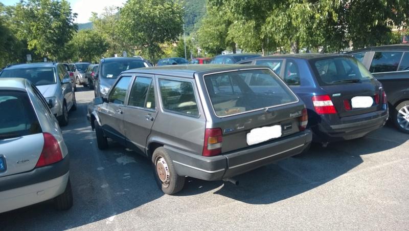 avvistamenti auto storiche - Pagina 19 Fiat_r11
