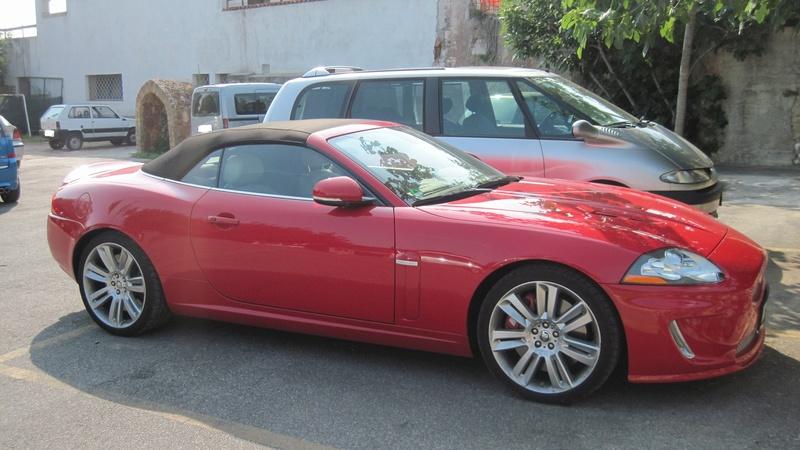 Avvistamenti auto rare non ancora d'epoca - Pagina 7 Jaguar12