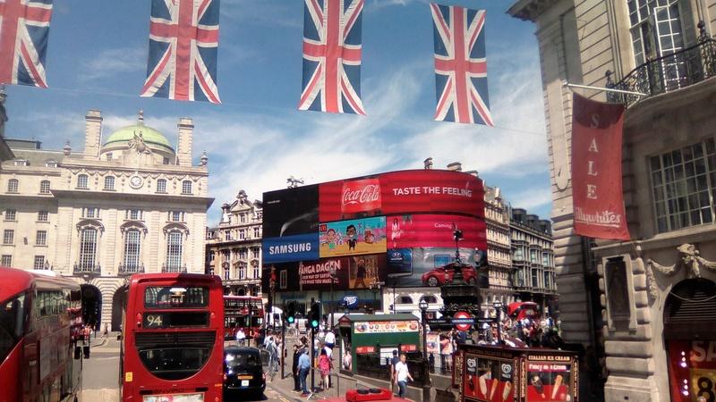 Celebration Europe 2016 - London - Page 2 Img_2012