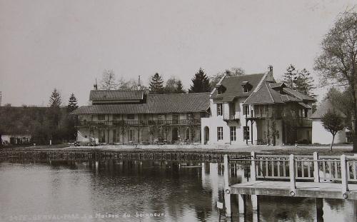 Le Hameau de la Reine, à Genval les Eaux Www91