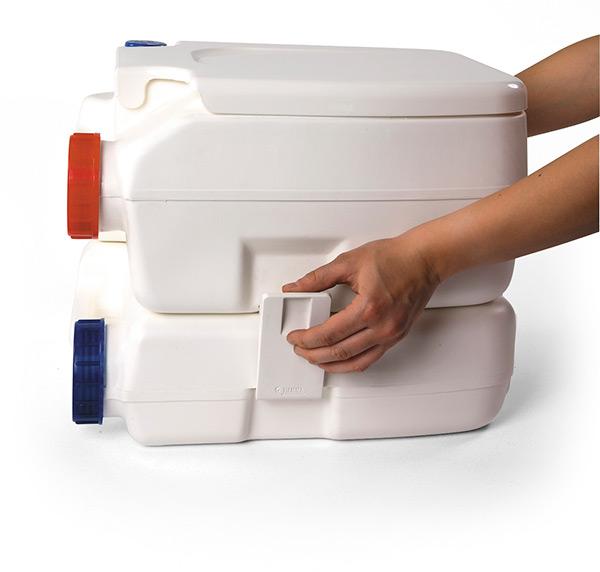 Vend WC Chimique FIAMMA Bi-Pot 39  01354-10