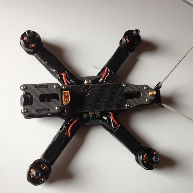 Quadcopter carbone  2016-011