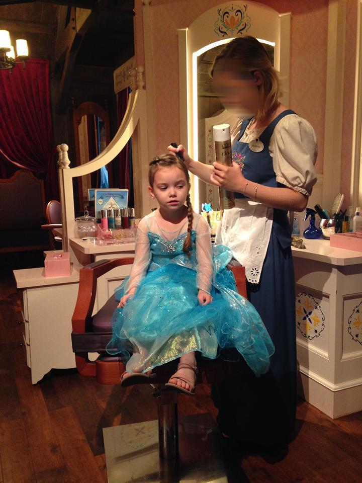 fête givrée, princesse d'un jour - Page 3 Maquil10