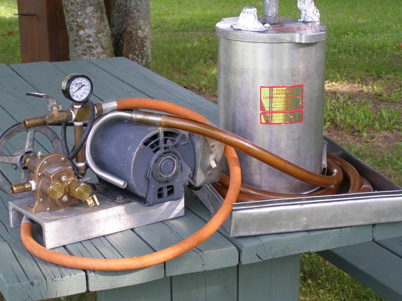 presse Lapierre 12 po avec pompe neuve  P8011310