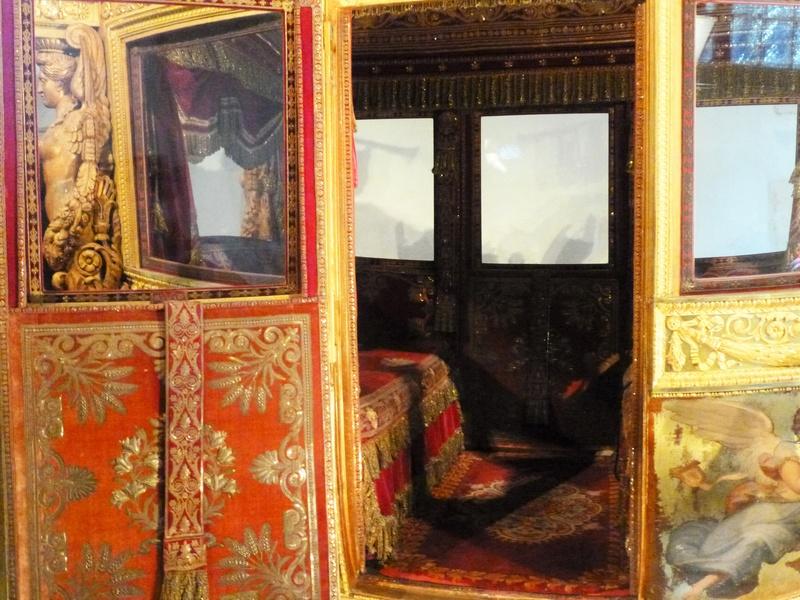 Enfin !   Réouverture de la Galerie des Carrosses à Versailles 410
