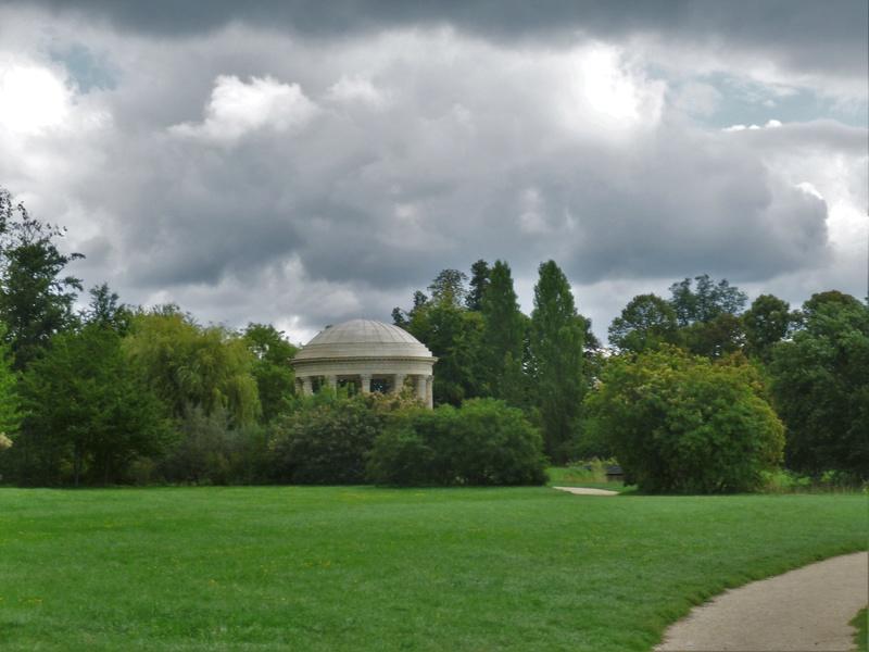 Les jardins du Petit Trianon - Page 2 P1130625