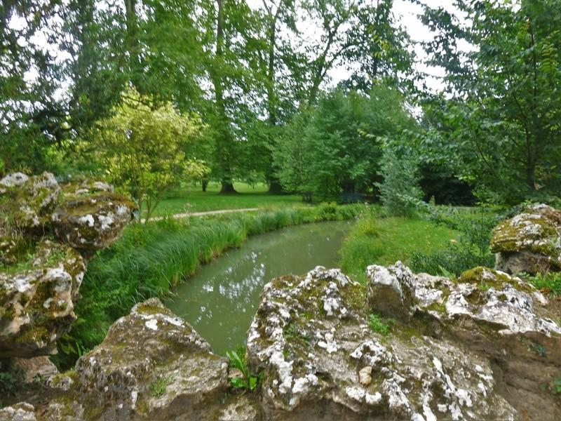 Les jardins du Petit Trianon - Page 2 P1130729