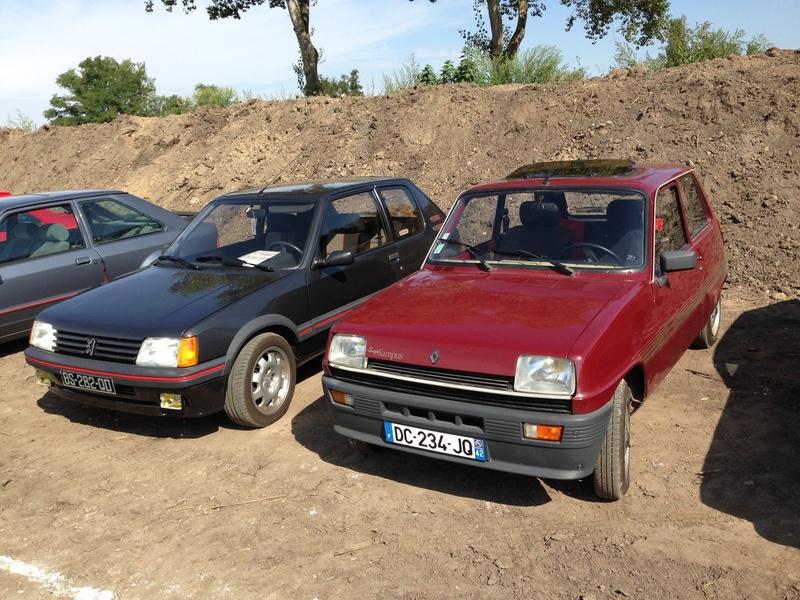 Rassemblement voitures anciennes dans la Loire Image17