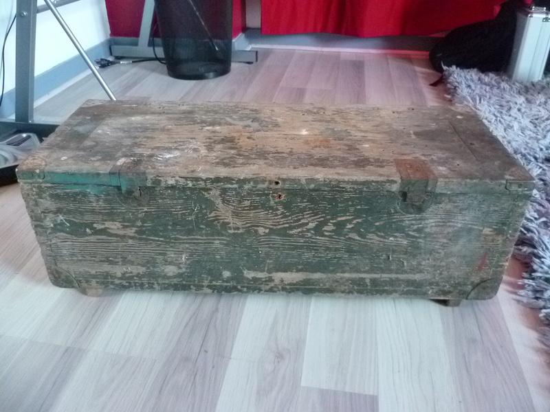 Rénover caisse munition bois Allemande P1030810