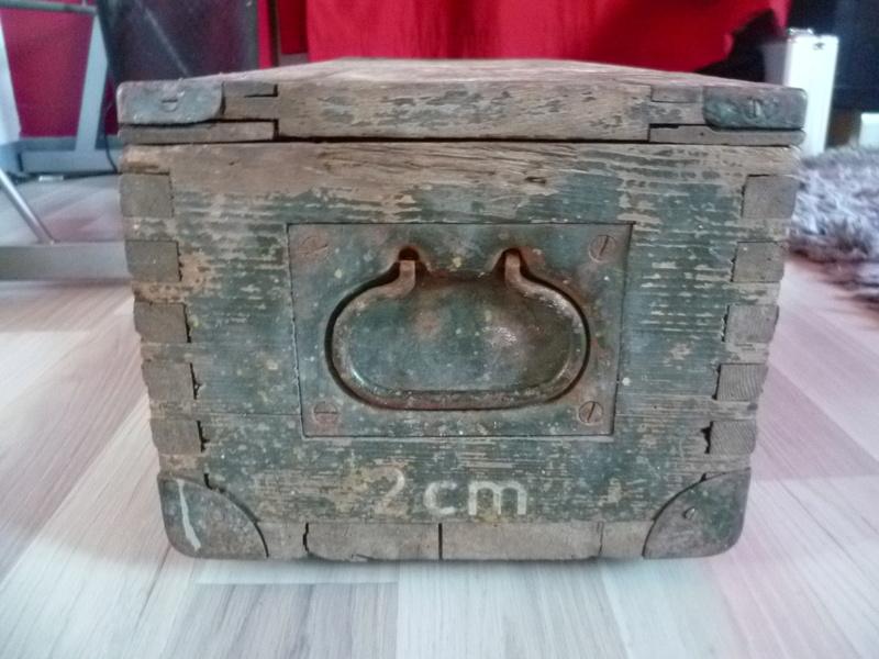 Rénover caisse munition bois Allemande P1030812