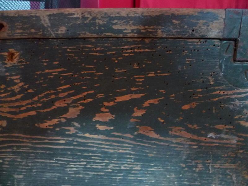 Rénover caisse munition bois Allemande P1030817