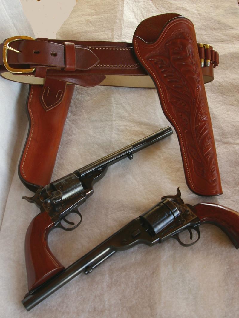 """Colt 1873's remplacé avec le Colt 1860 """"Richards Mason"""" conversion Colt1811"""