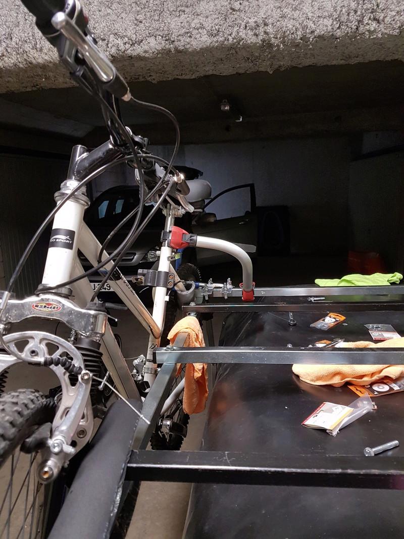 Installation vélos et chambres sous plateau Cabanon Mercury 16910