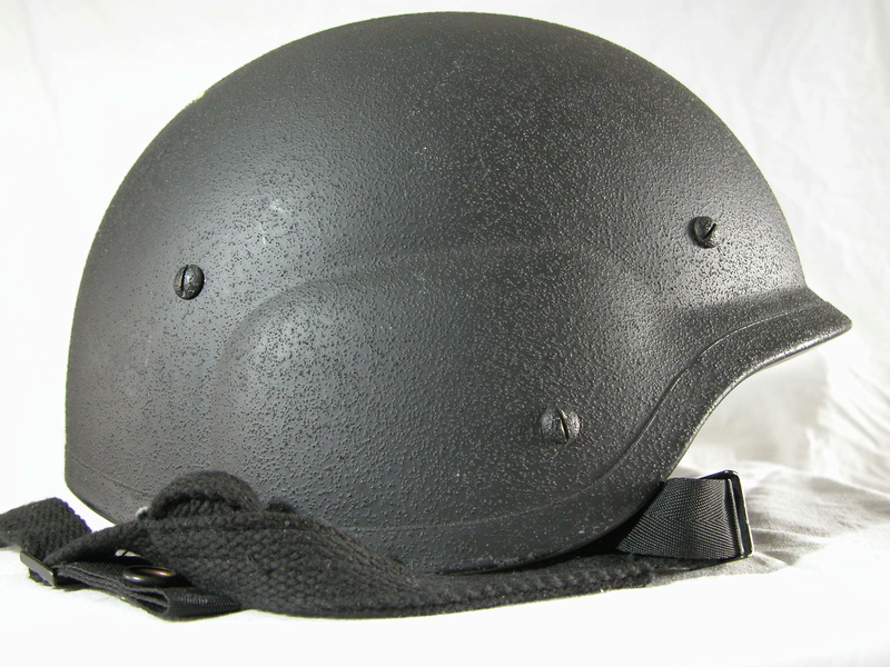 Unidentified helmet, possible South Korean. Help wanted! 1_210