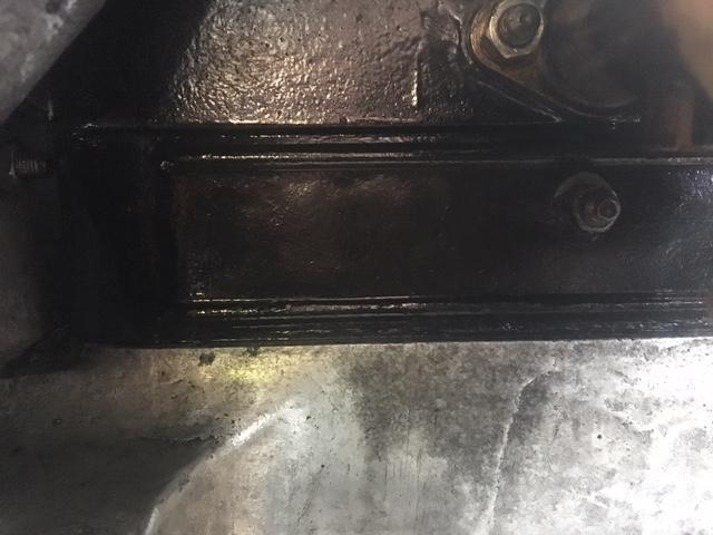 fuite d'huile de la couverture des soupapes Img_4311