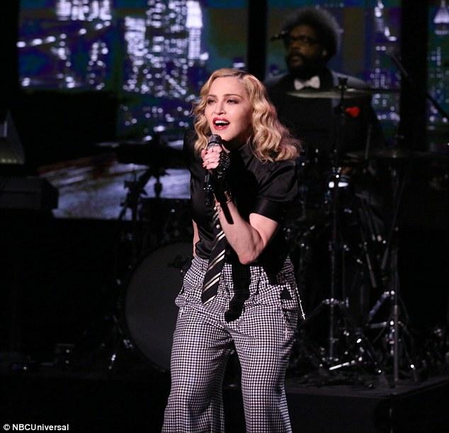 Madonna 351d2210