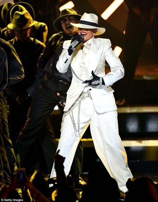 Jennifer Lopez 4c7bf910