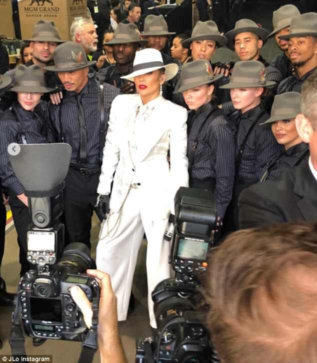 Jennifer Lopez 4c7c6410