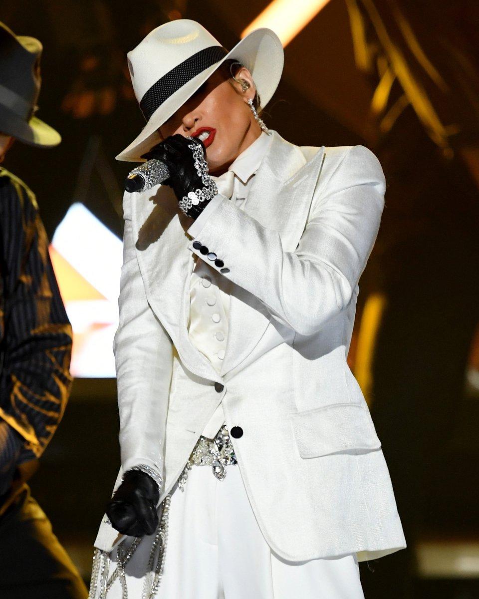 Jennifer Lopez Ddvzlt10