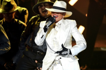 Jennifer Lopez J-lo-210