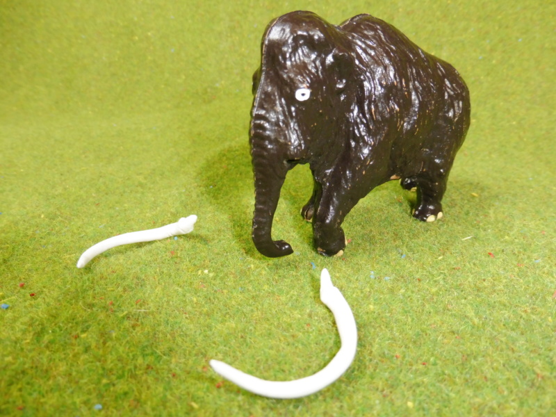 using WePAM paste to restore (or create!) figurines P1020013