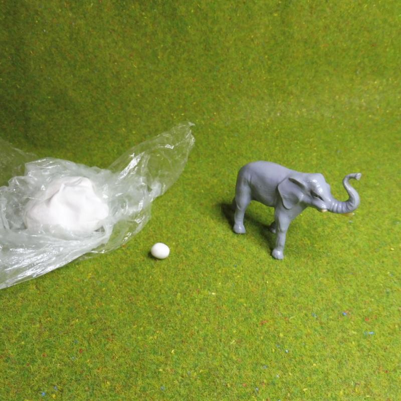 using WePAM paste to restore (or create!) figurines P1020414