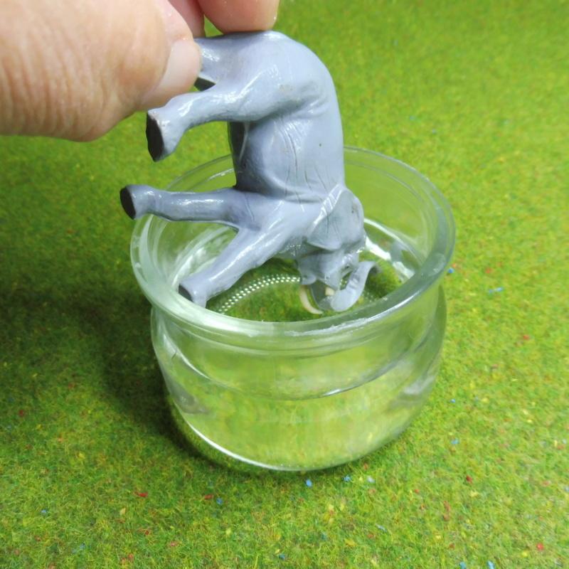using WePAM paste to restore (or create!) figurines P1020417