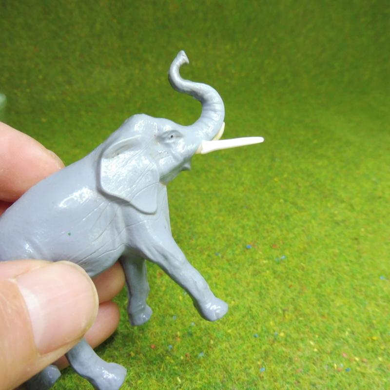 using WePAM paste to restore (or create!) figurines P1020419