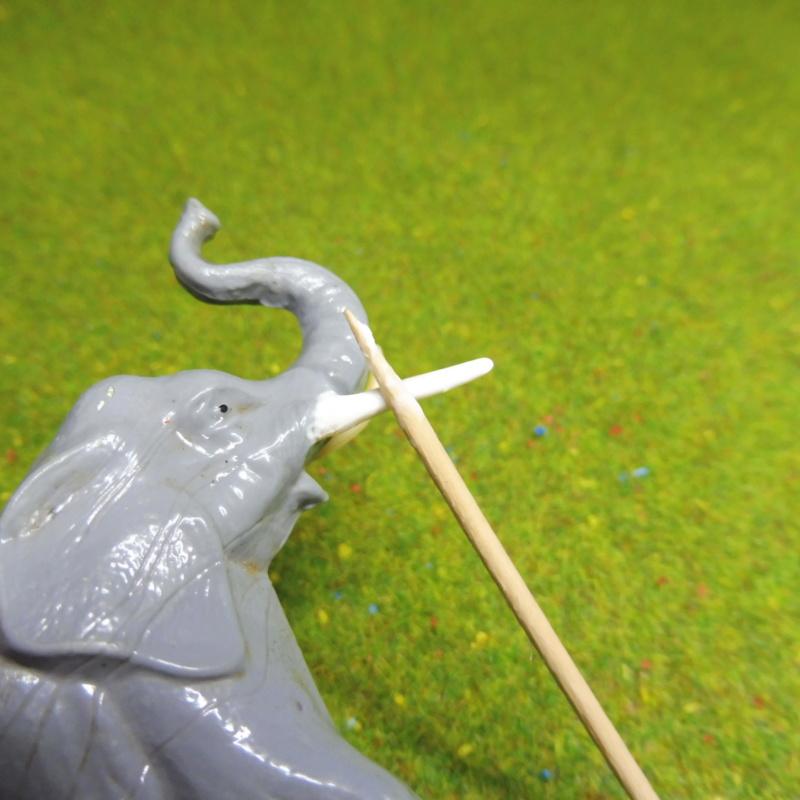 using WePAM paste to restore (or create!) figurines P1020420